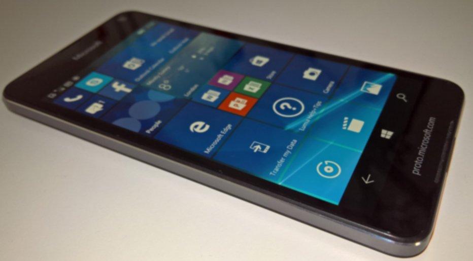 Lumia 650 Fake
